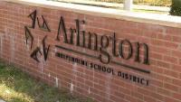 Distrito Escolar de Arlington comenzará clases en línea