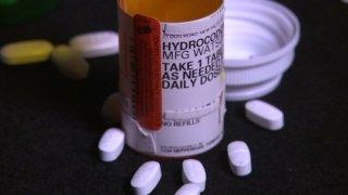 hydrocodone pills bottle
