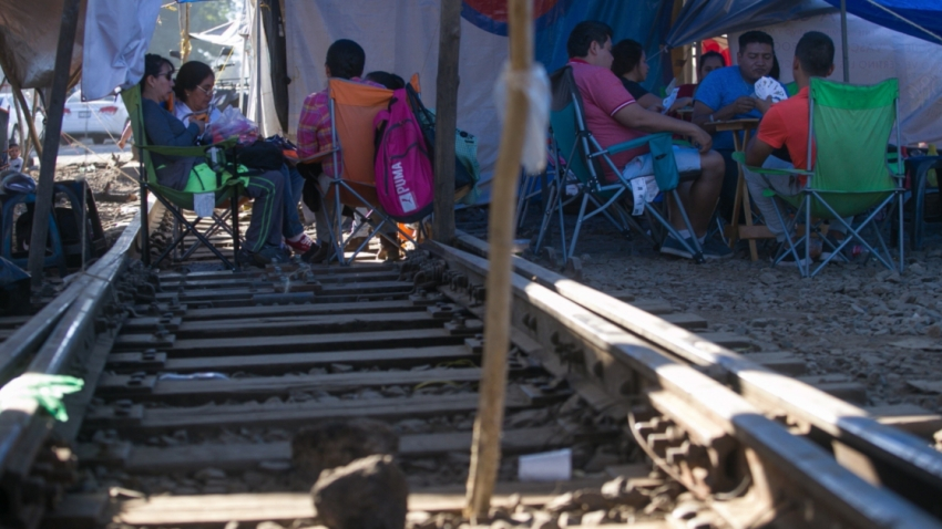 mexico-michoacan-bloqueo-vias