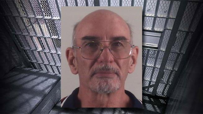 tlmd_lloyd_gibson_getty_jail