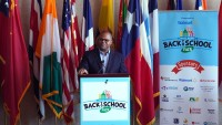 Alcalde de Dallas anuncia la feria del regreso a clases 2020
