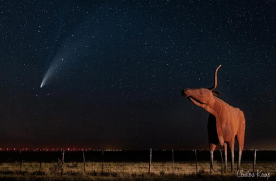 Televidentes del norte de Texas comparten fotos del avistamiento del cometa Neowise y la Estación Espacial Internacional