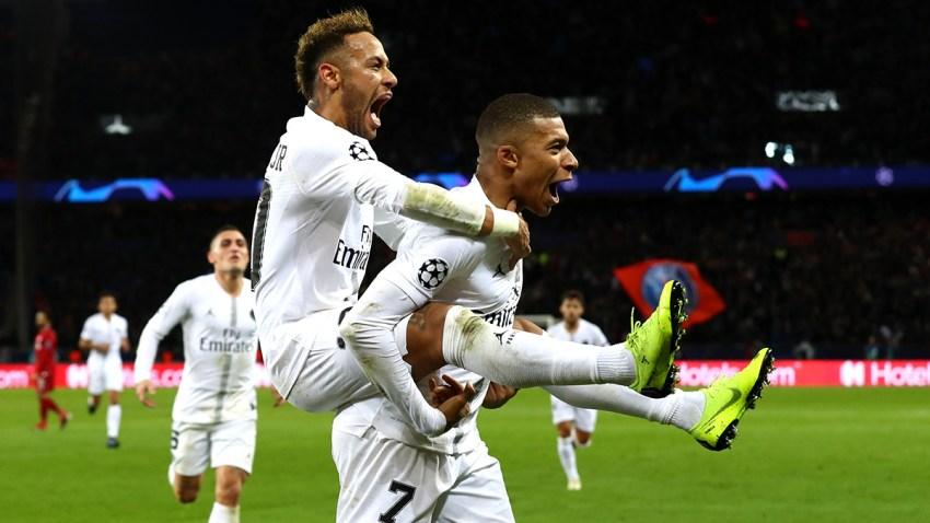 Foto de Mbappé y Neymar celebrando el segundo gol del partido en contra de Liverpool el pasado 28 de noviembre.