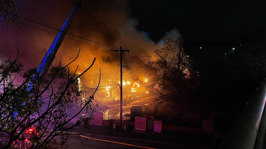One person has reportedly been hurt in a large apartment fire in Fort Worth Friday night. Firefighters were called to the Colonial Apartments in the 5000 block of Ridglea Lane just before 8 p.m.