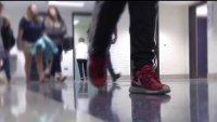 DISD quiere que los futuros graduados regresen a clases presenciales