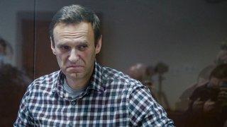 El líder opositor ruso, Alexei Navalny, en la corte de Moscú el pasado mes de febrero, antes de ser encarcelado. EFE/EPA/YURI KOCHETKOV