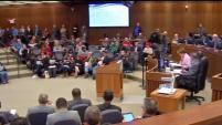 El concilio de Fort Worth aceptó anoche una larga lista de recomendaciones del grupo: de trabajo, raza y cultura. Sin embargo, miembros de la organizaci&...