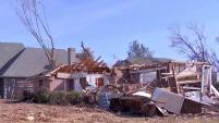 La Administracion de Pequeños Negocios ofrecerá préstamos bancarios a aquellos propietarios de inmuebles que hayan sido afectados por los tornados del 20 de...