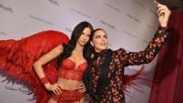 Ella ya es un ángel de Victoria's Secret pero por si quedaba alguna duda de su paso a la posteridad, la supermodelo Adriana Lima tiene su propia estatua...