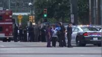 Un sospechoso disparó contra agentes federales del edificio de la corte federal y terminó baleado.