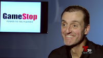 """Esta es la historia del director ejecutivo de la compañía """"GameStop,"""" un ingeniero que lo único que quería cuando salió de la universidad era conseguir un empleo..."""