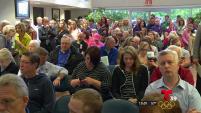 El consejo de una ciudad del norte de Texas debatió una propuesta que buscaba regular el uso de baños para personas transgenero.
