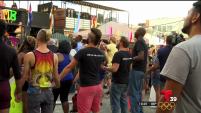 Miembros de la comunidad LGBT se reunieron en Dallas para pedir respeto, unión y aceptación por parte del Metroplex.