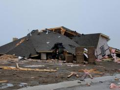 Tormentas y tornados dejan múltiples destrozos