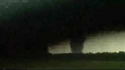 Tornado toca tierra en Oklahoma