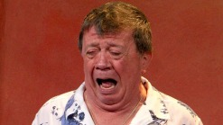 Chabelo dice adiós entre lágrimas tras 48 años
