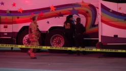 Hombre muere al quedar atrapado entre dos camiones