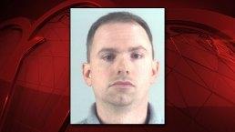 Arrestan a expolicía de Forth Worth tras disparar y matar a mujer