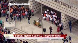 Alumnos en Dallas se manifiestan