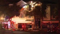 Incendio deja sin hogar a decenas de personas en Plano