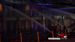 Incendio destruye hotel en Addison