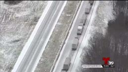 La nieve caía estragos en algunos condados del Norte de Texas