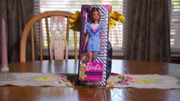 La viral acción que desencadenó la Barbie con prótesis