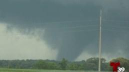 Tornados y destrozos tras paso de tormentas en el norte de Texas