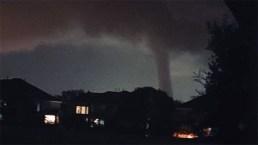 Tornado en Dallas deja caos y destrucción