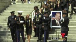 Ceremonia de honor para agente desaparecido