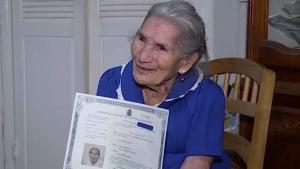 Ciudadana americana a las 94 años