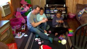 Oficial sorprende a sus hijas en el Metroplex