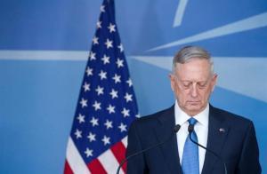 Secretario de Defensa llega por sorpresa a Afganistán