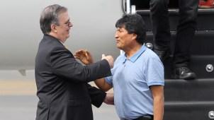 Morales llega a México: AMLO ''me salvó la vida''