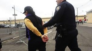 "Estudio: ICE ""infla"" cifra de deportados con antecedentes"