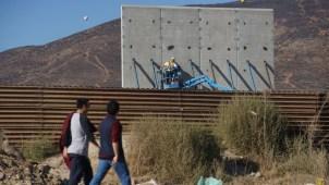 El gobierno insiste con el muro para negociar futuro de DACA