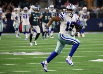 Prescott y Cooper acercan a los Cowboys al título divisional
