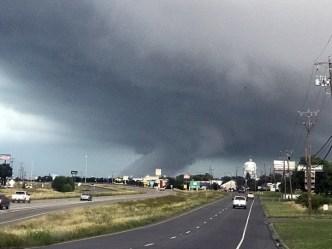 Cancelan todos los avisos por tornados en el norte de Texas