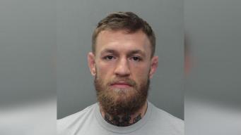 Liberan de la cárcel al peleador estrella Conor McGregor