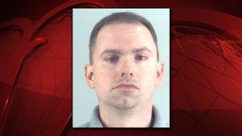 Fort Worth: Sale bajo fianza policía que mató a mujer