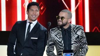 Chino & Nacho resaltan el aporte latino a EEUU