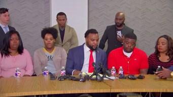 Familiares reaccionan tras muerte de joven en Fort Worth
