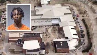 Detenidos por llevar armas y amenazar a escuelas en Texas