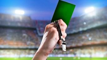 Muestran la primera tarjeta verde en el fútbol