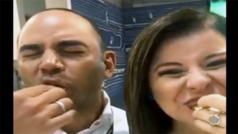 Nancy Leal y Carlos Zapata comieron grillos