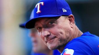 """Entrenador de los """"Texas Rangers"""" fuera del equipo"""