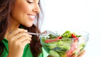 Tu cerebro se encoge, pero esta dieta podría frenar eso
