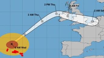 El huracán Lorenzo avanza y podría llegar hasta Irlanda