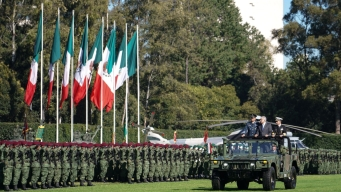 AMLO llama a militares a sumarse a la Guardia Nacional