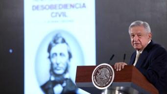 Sin oposición, el primer año de López Obrador
